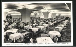 AK London / W. I., Maison Lyons Corner Hoause, Marble Arch, Innenansicht
