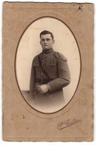 Fotografie P. Cartier, Paris, Portrait Soldat in Uniform