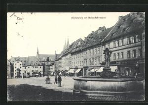 AK Eger, Rolandsbrunnen auf dem Marktplatz