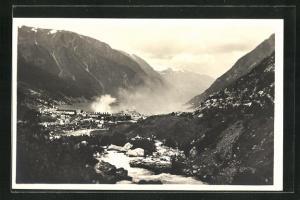 AK Odda, Gesamtansicht mit Bergpanorama