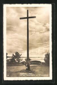 AK Angerburg, Auf dem Heldenfriedhof am Schwenzaitsee