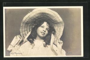 AK Schauspielerin Iris Hawkins mit Hut