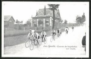 AK Course de bicyclettes sur route, Radsportler bei einem Strassenrennen