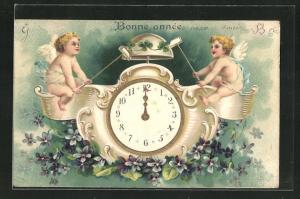 Präge-Lithographie Bonne Année, Neujahrsengel schlagen Glocke, Wecker