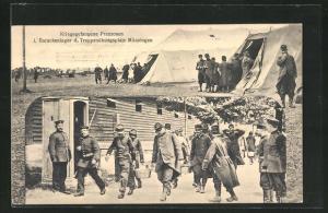 AK Münsingen / Truppenübungsplatz, Kriegsgefangene Franzosen i. Barackenlager