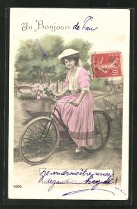AK Mädchen mit Blumen auf einem Fahrrad