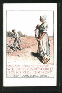Künstler-AK Credit Commercial de France, Feldarbeiterin mit Kind und Gewehr, Kriegsanleihe