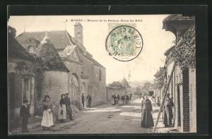 AK Moree, Manoir de la Perrine, Porte du XVII