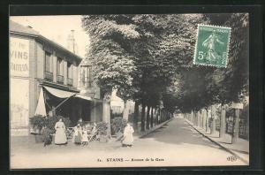 AK Stains, Avenue de la Gare