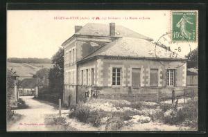 AK Bucey-en-Othe, La Mairie et Ecole
