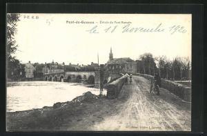 AK Pont-de-Gennes, Entrèe du Pont Romain