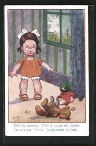 Künstler-AK sign. Mas: Mädchen vor kaputtem Fenster, Puppe und Teddy kaputt, I`m sure the Huns have passed by here
