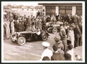 Fotografie Keystone, Ansicht London, Auto MG Roadster, 1.000 Miles Rally to Torquay