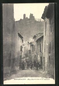 AK Mondragon, Rue Pierrelatte et le Chateau