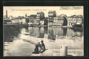 AK La Seyne-sur-Mer, Le Quai du Port