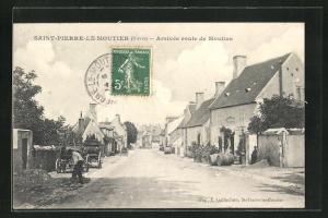 AK Saint-Pierre-Le-Moutier, Arrivée route de Moulins