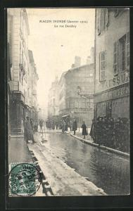 AK Macon, Inondé 1910, La rue Dombey, Hochwasser