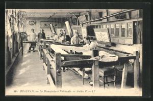 AK Beauvais, La Manufacture Nationale, Atelier C., Innenansicht