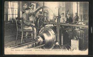 AK Mines de la Loire, Machinistes a la montee et a la descente du Puits, Fabrikarbeiter