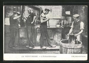 AK La Teinturerie, L`Echantillonnage, Arbeiter nehmen Proben