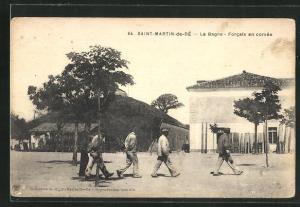 AK Saint-Martin-de-Ré, Le Bagne - Forcats en corvée, Gefängnis-Insassen