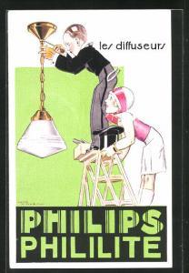 AK Mann montiert eine Lampe an der Decke, Reklame für Philips Phililite
