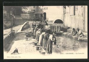 AK Grasse, Le Lavior, Waschfrau