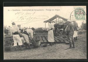 AK Casablanca, Construction des baraquements, Moulage des briques, Ziegel-Herstellung, Handwerk