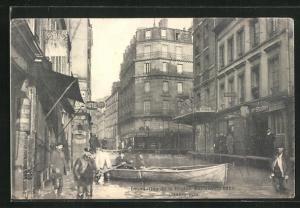 AK Charenton, Inondation 1910, Strassenpartie bei Hochwasser
