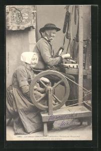 AK Bretagne, Alte Bretonen an Spinnrad und Webstuhl