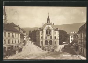 AK Grenchen, Postplatz mit Brunnen