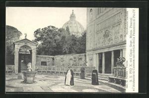 AK Papst Pius X. e l`Aiutante di Camera nel cortile della Palazzina di Pio IV.