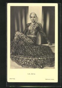 AK Schauspielerin La Jana in transparentem Kleid mit Schmuck