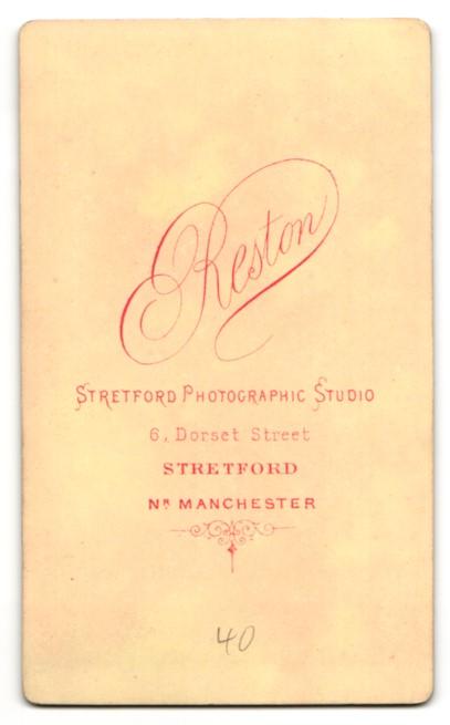 Fotografie Arthur Reston, Stretford, Mann im Anzug mit Binder Kotletten 1
