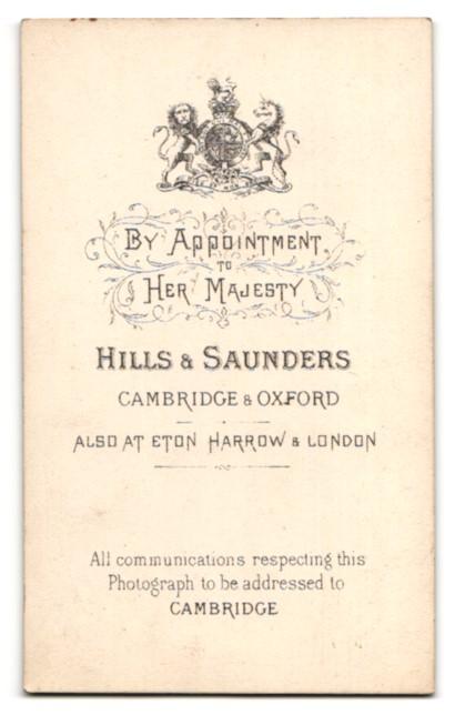 Fotografie Hills & Saunders, Cambridge, Portrait Herr mit Vollbart 1