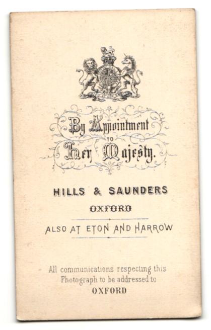 Fotografie Hills & Saunders, Oxford, Portrait bürgerlicher Herr im Anzug mit Backenbart 1