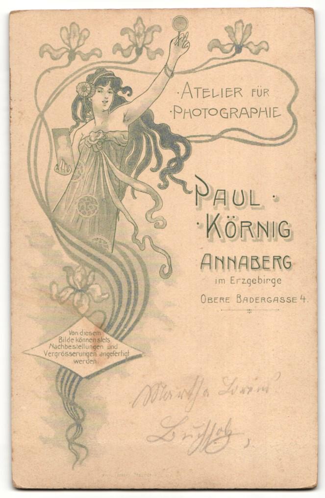 Fotografie Paul Körnig, Annaberg i. Erzg. Portrait junge Dame in modischer Kleidung mit Hochsteckfrisur und Halskette 1