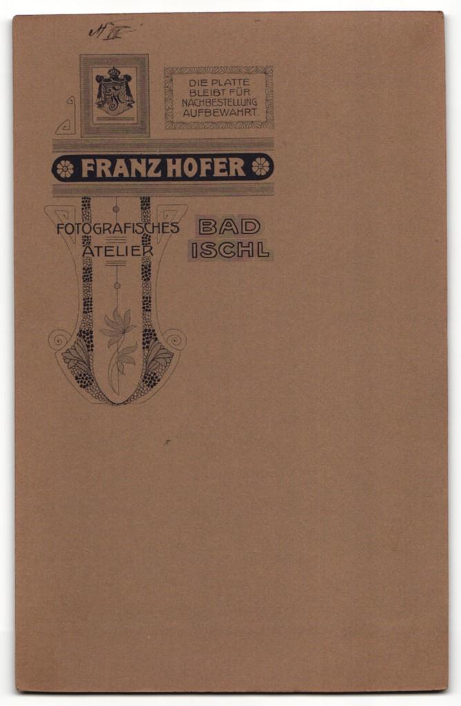 Fotografie Franz Hofer, Bad Ischl, Portrait bürgerliche Eheleute in feierlicher Kleidung 1