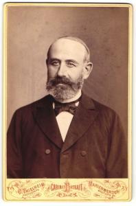 Fotografie C. Thielheim, Marienwerder, Portrait älterer Herr mit Bart