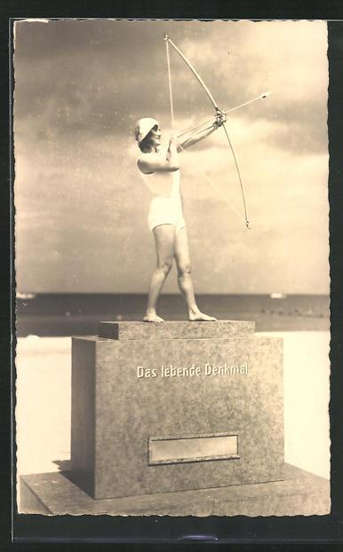 Künstler-AK O. Merte: Das lebende Denkmal, Bogenschützin 0