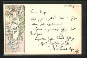 Künstler-AK Alphonse Mucha: Schöne Frau vor blühendem Rosenstrauch