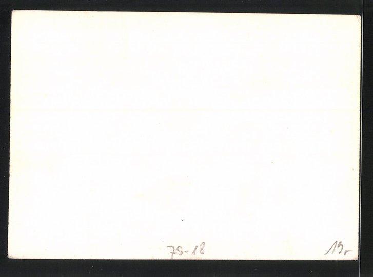 Fotografie 1.WK, gefallene Soldaten neben einem Unterstand, Dead Boche at Mouth of Abri 1