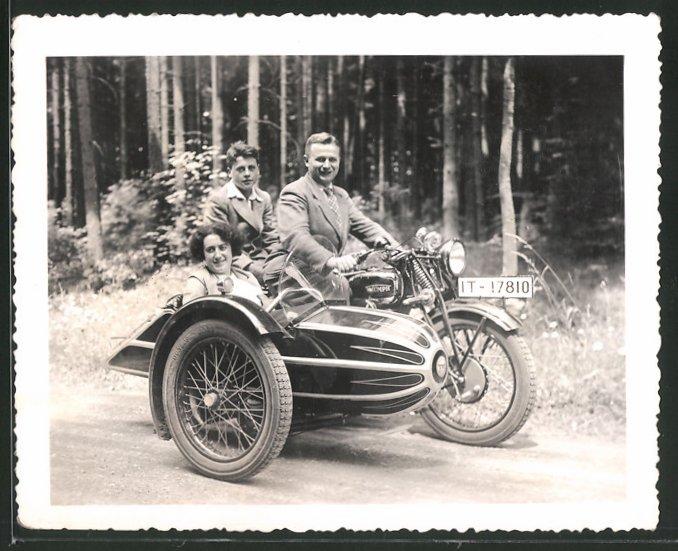 Fotografie Motorrad Triumph TWN, Krad mit Seitenwagen, Kennzeichen: IT-17810 0