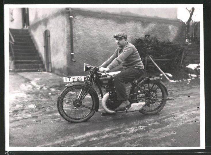 Fotografie Motorrad DKW, Krad mit Kennzeichen IT-36 0