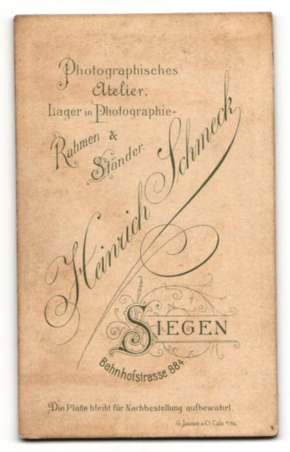 Fotografie H. Schmeck, Siegen, Portrait junger Mann mit Fliege im Jackett 1