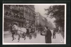 AK Berlin, Weltstadtleben, Die Kronprinzessin Unter den Linden