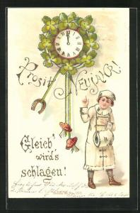AK Mädchen zeigt auf die Uhr und den Jahreswechsel, Prosit Neujahr
