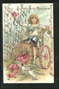 Präge-AK Junge gratuliert mit Rosen und weissen Tauben, Glückliches Neujahr!
