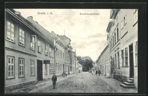 AK Strelitz i. M., Blick in die Brandenburgerstrasse