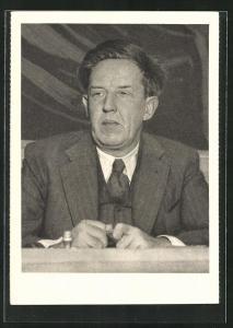 AK Prof. I. Bernal, Englischer Physiker, Vizepräsident des Weltbundes der wissenschaftl. Arbeiter..., DDR-Propaganda